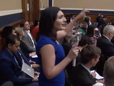 Congressman drowns out conspiracy theorist with auctioneer skills