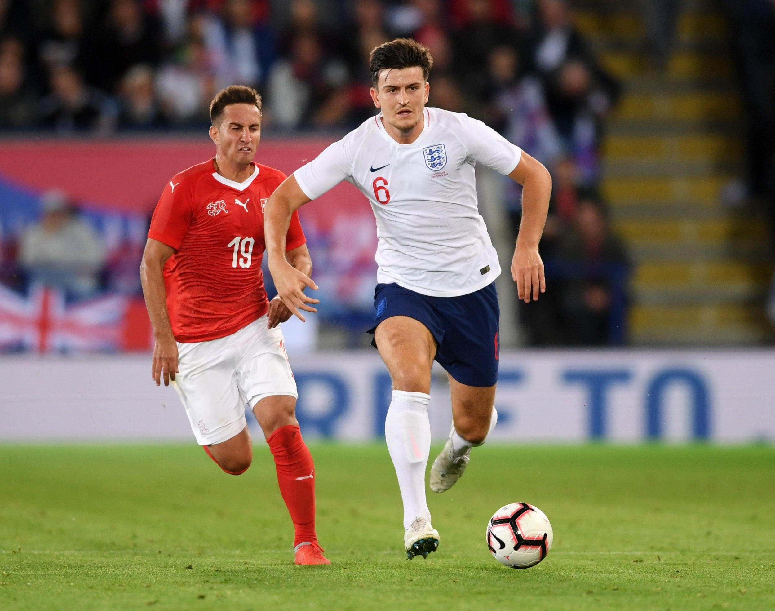 Harry Maguire - 6