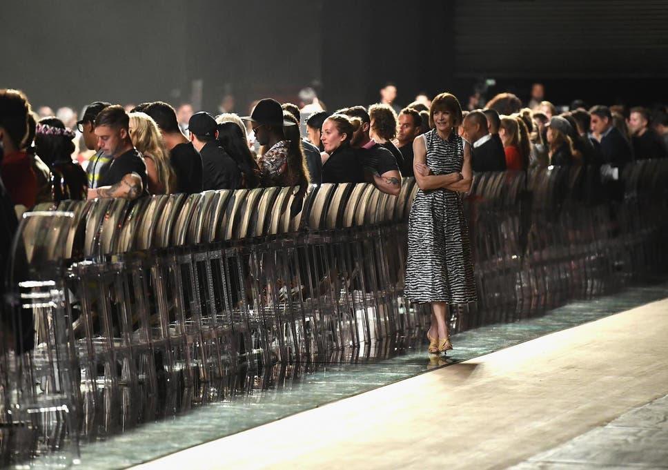 53ea57e0fc30 New York Fashion Week 2018  Marc Jacobs show ran so late critics think  designer tried  to spite Rihanna