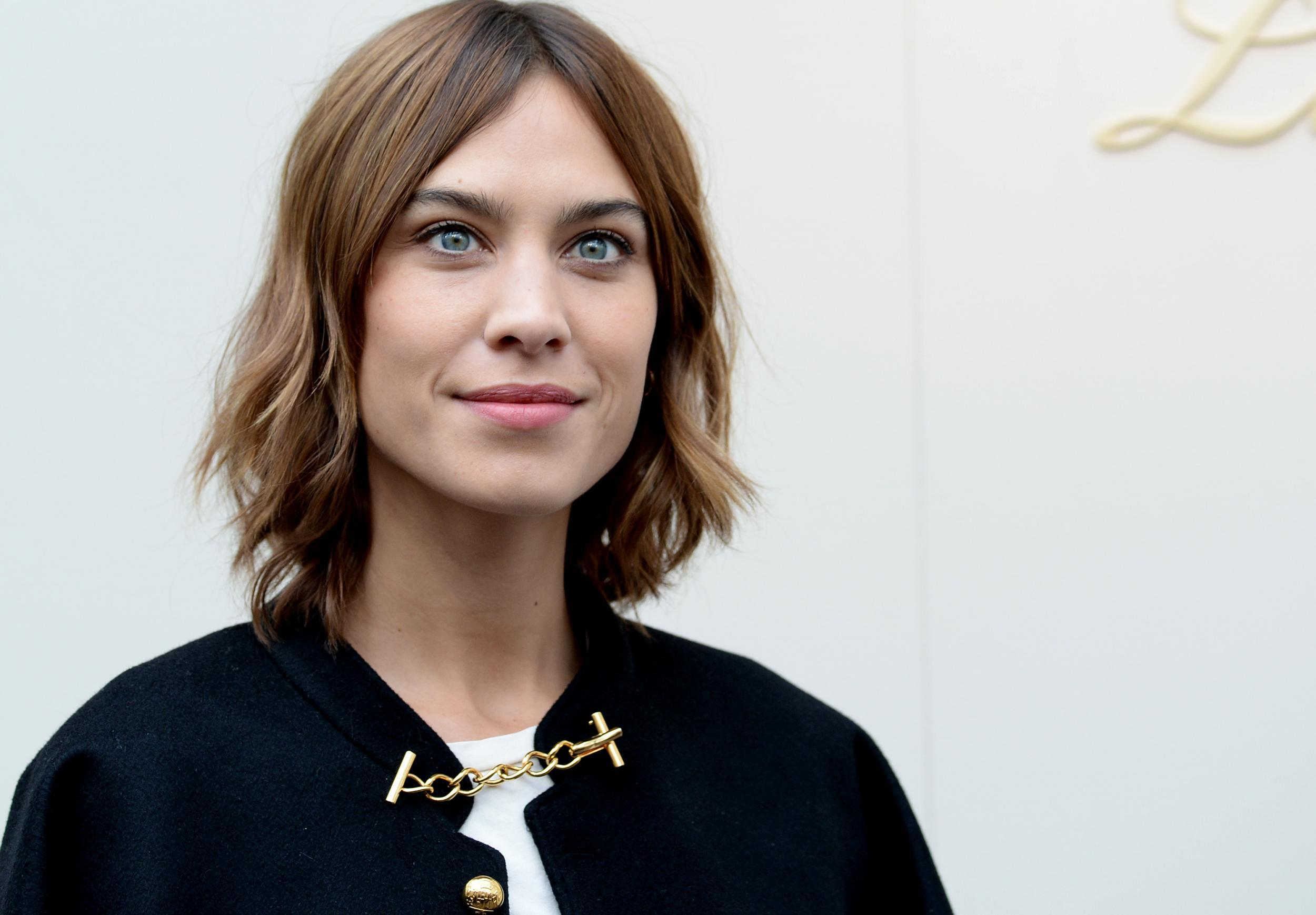 Photos Alexa Chung naked (48 images), Cleavage