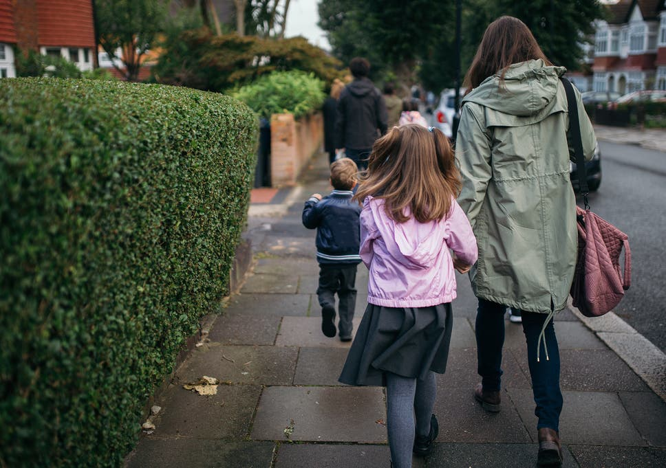 Air pollution: 'Toxic' school run poses health risk to thousands of