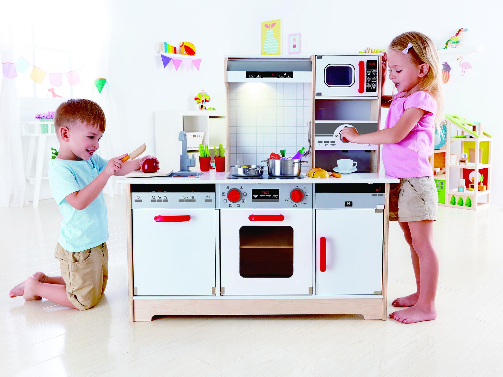 10 best play kitchens  2cbe3b6f2