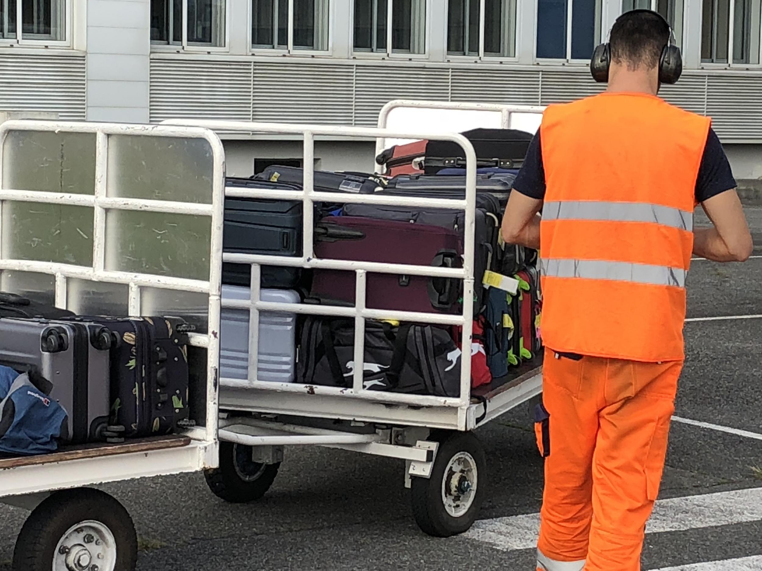 Handle with care? Why airline passengers need a carry-on baggage strategy