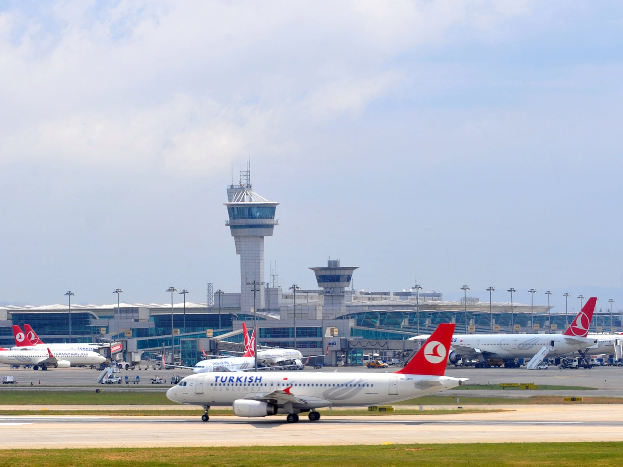 Woman refused boarding for flight due to nut allergy
