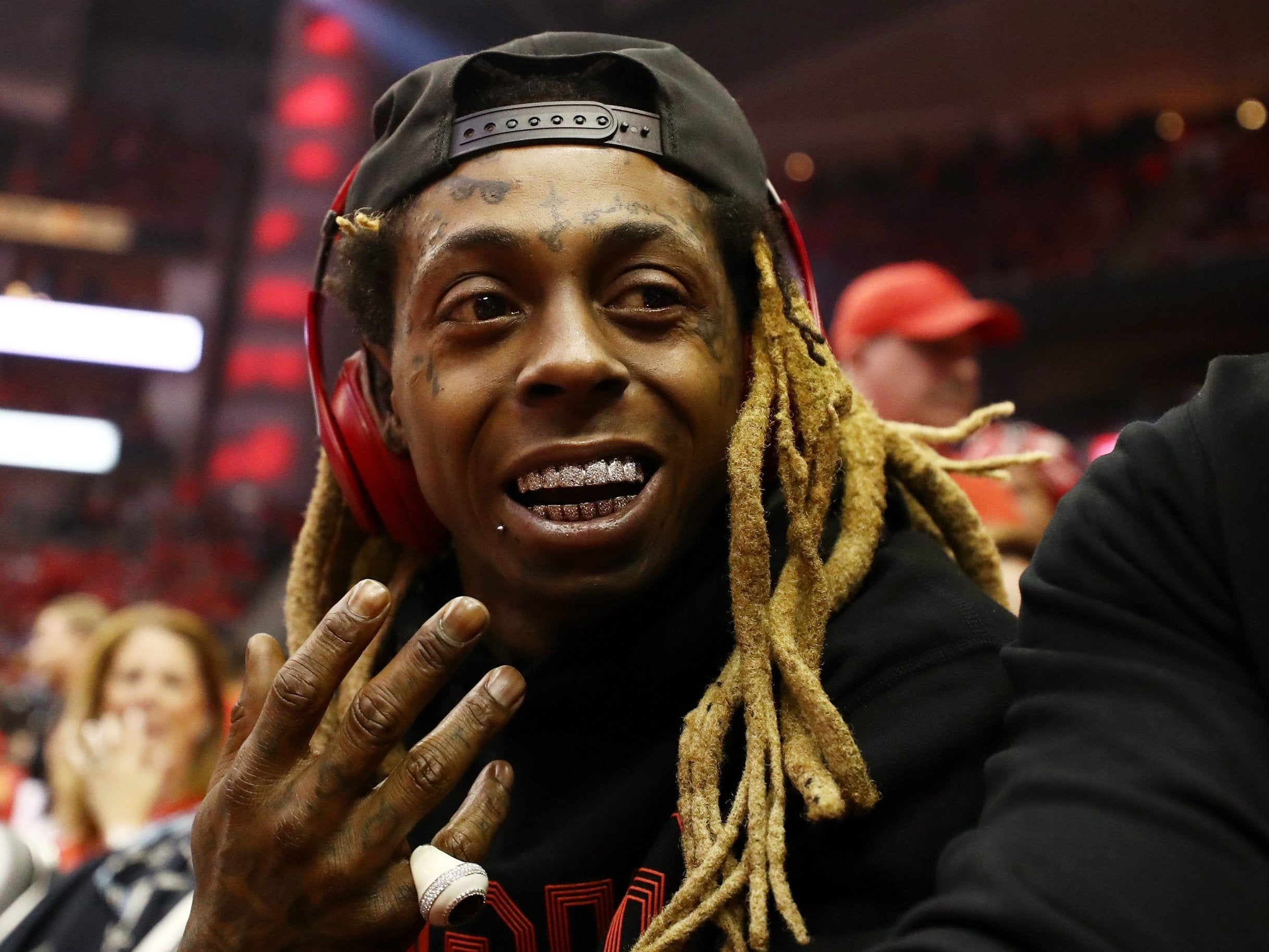 Lil Waynes Tha Carter V Listen To The Long Awaited Album Featuring