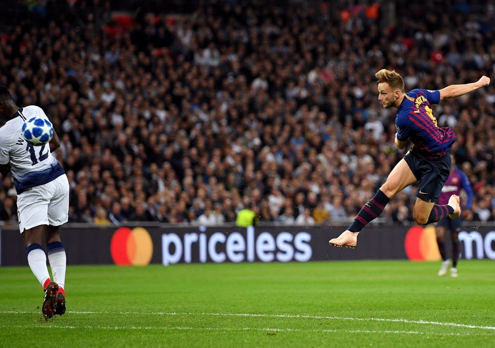 Ivan Rakitic scores stunning goal for Barcelona against