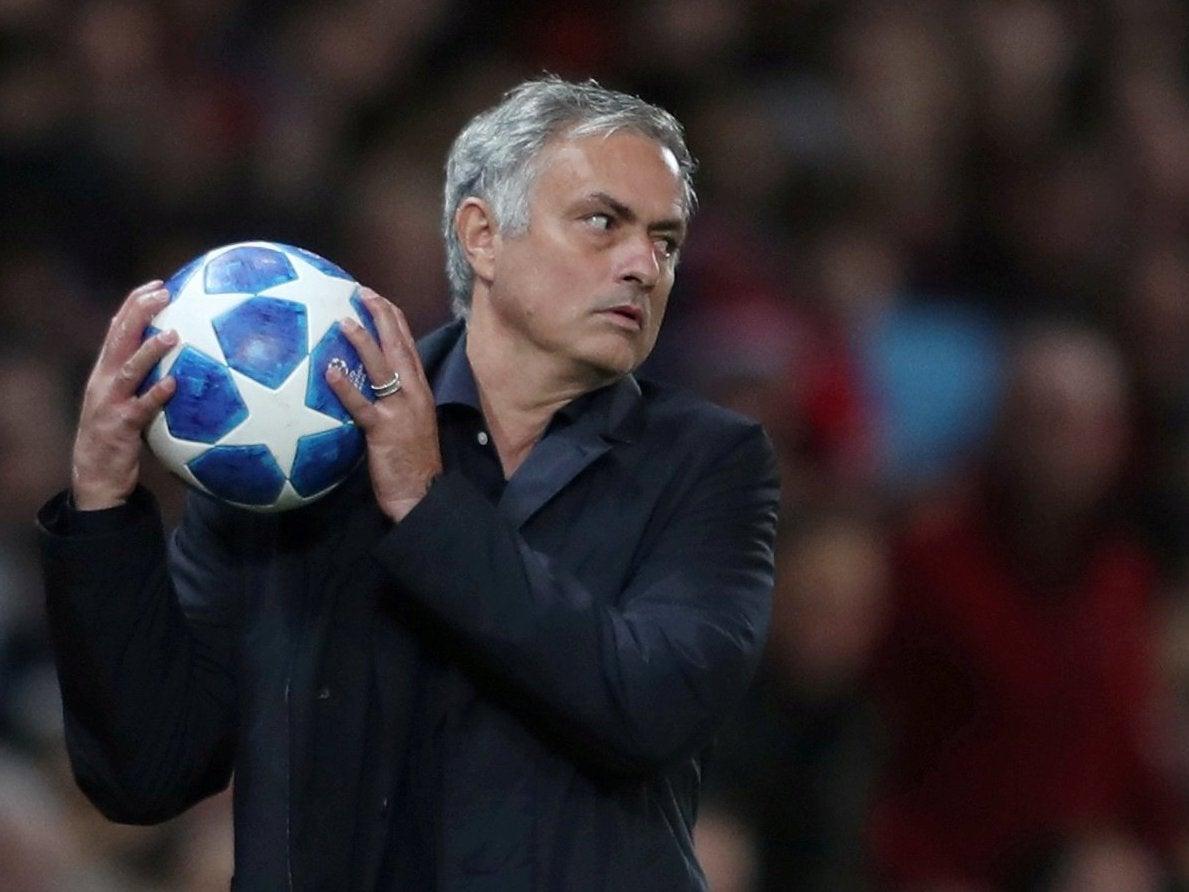 SỐC:  M.U quyết định sa thải HLV Jose Mourinho