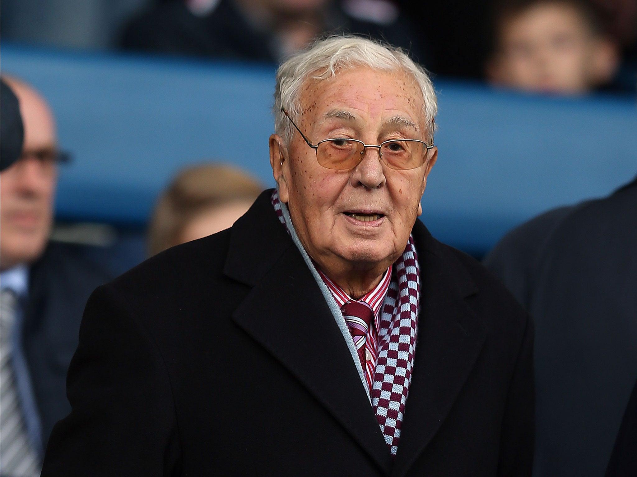 Doug Ellis dead: Former Aston Villa owner dies, aged 94