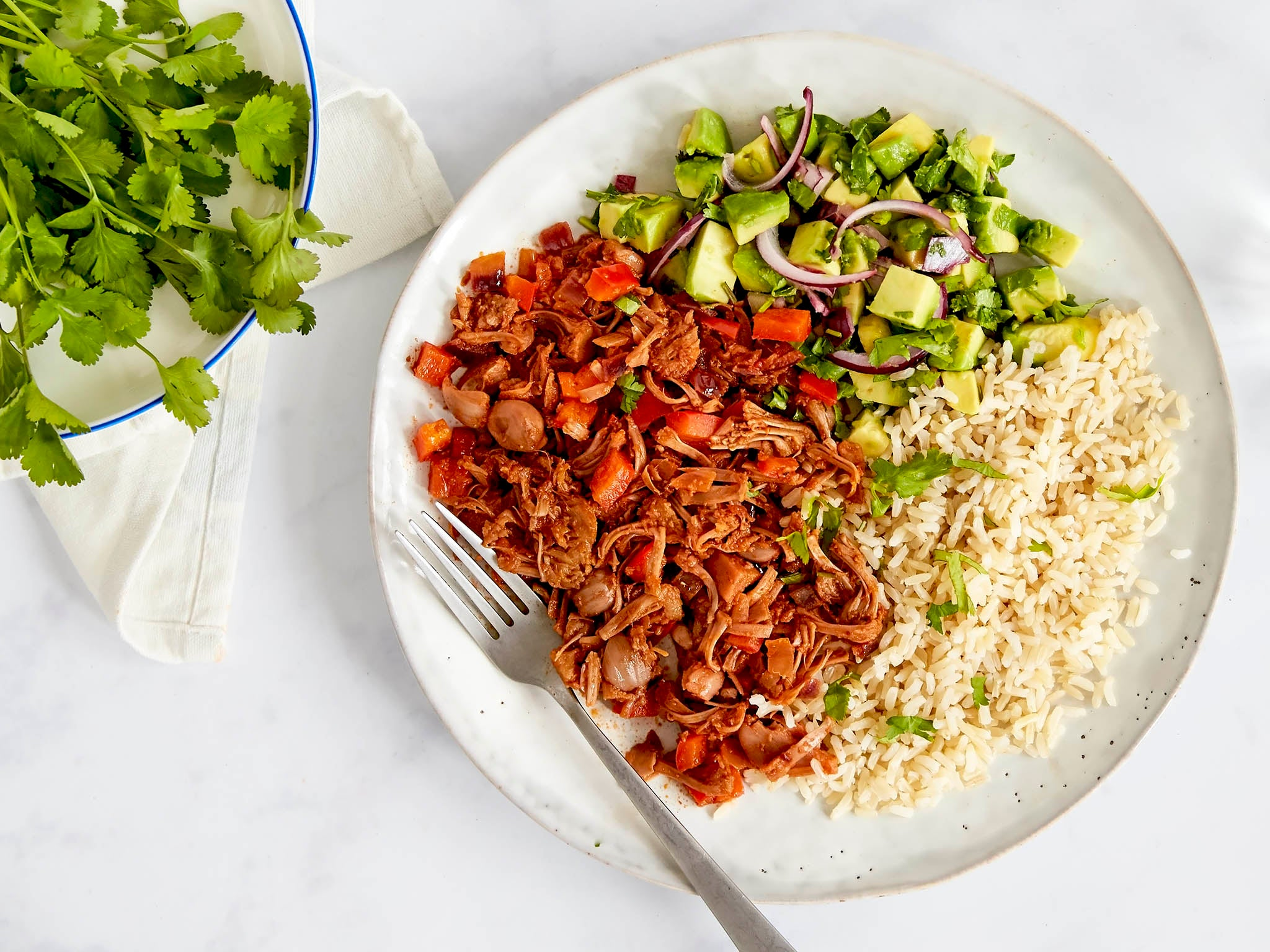 How to make pulled barbecue jackfruit and avocado salsa 1