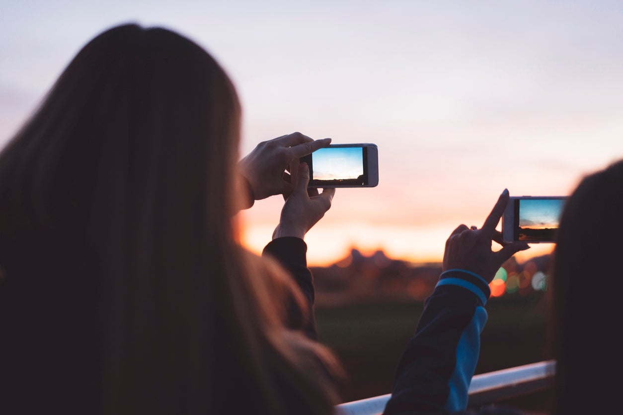 I am a travel writer and I refuse to download Instagram. This is why