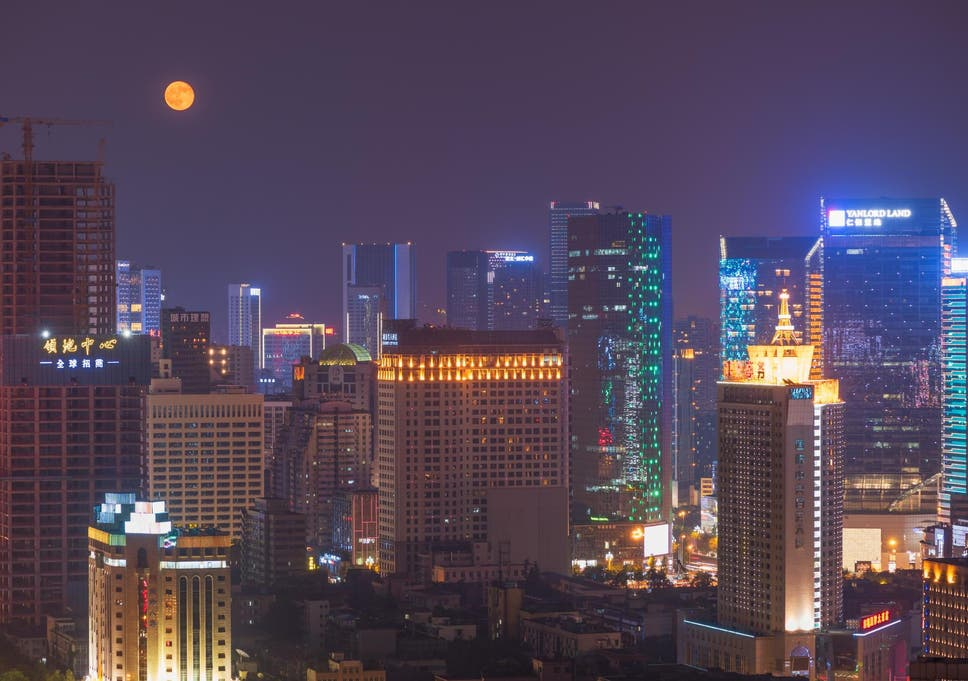 Chengdu City of China Wants to Launch an 'Artificial Moon' to Replace Street Lights By 2020