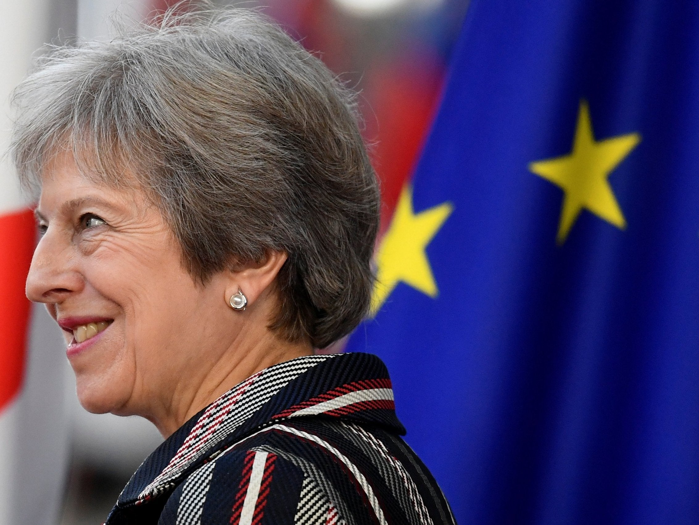 Brexit withdrawal agreement '95% complete', Theresa May to tell MPs