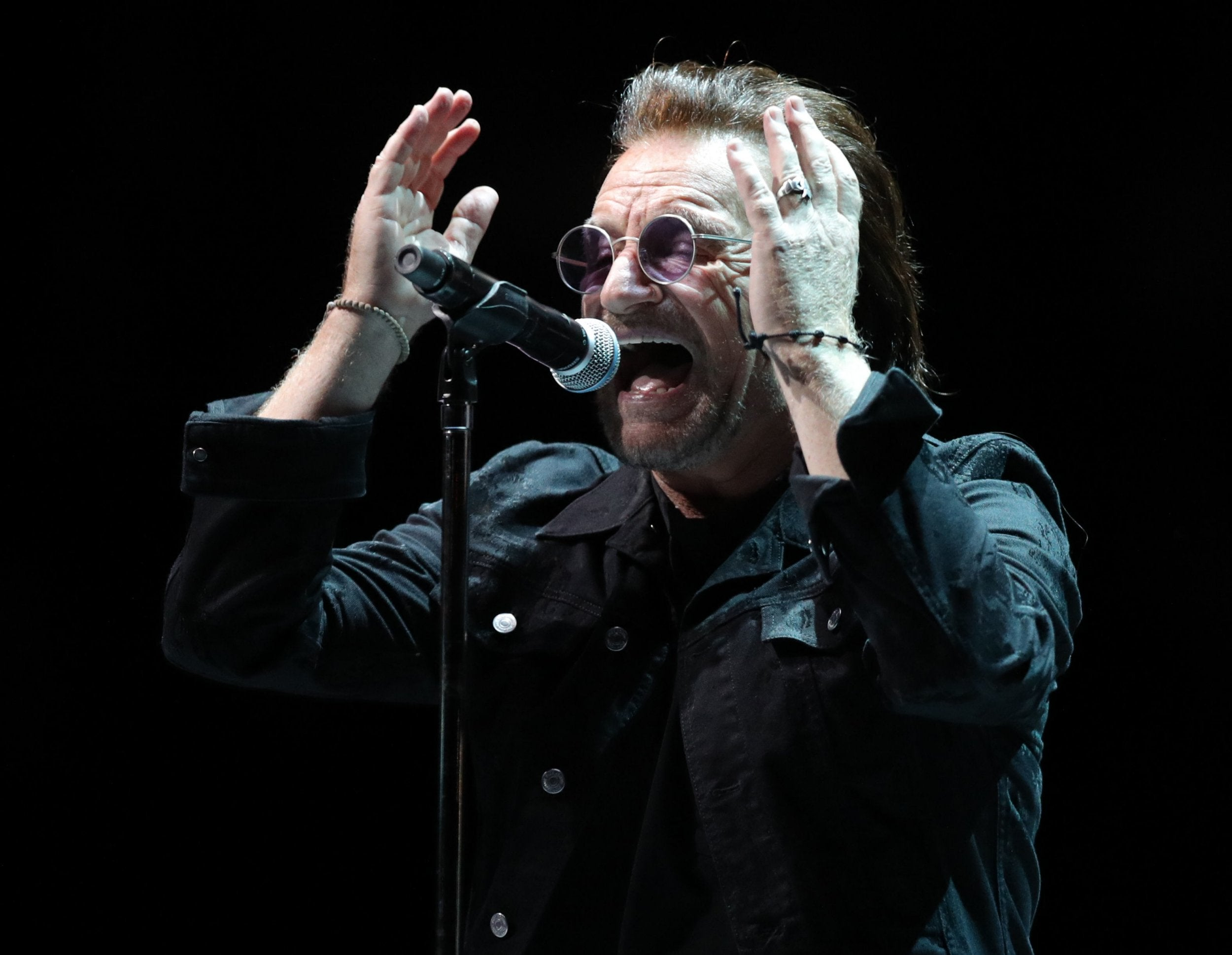 U2 review, O2 Arena London: Absorbed by their own spectacle