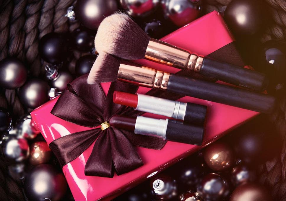 Christmas Beauty.Five Limited Edition Beauty Collections To Buy This