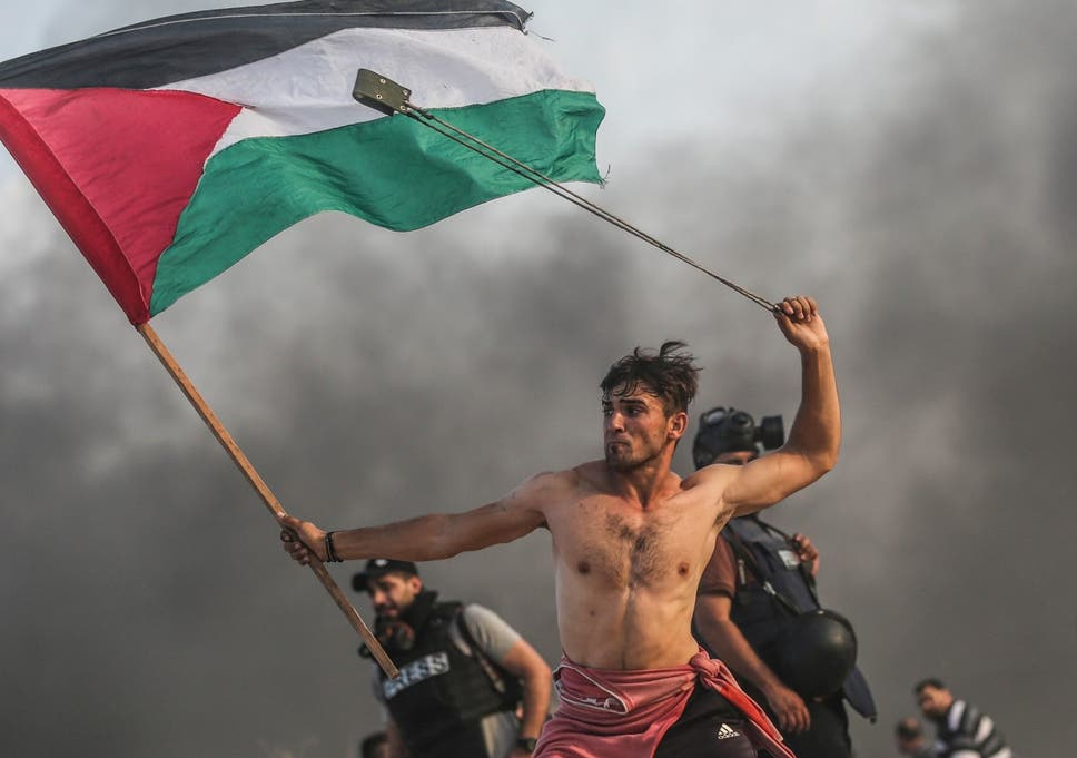 Stop romanticising that viral image of a Palestinian protester