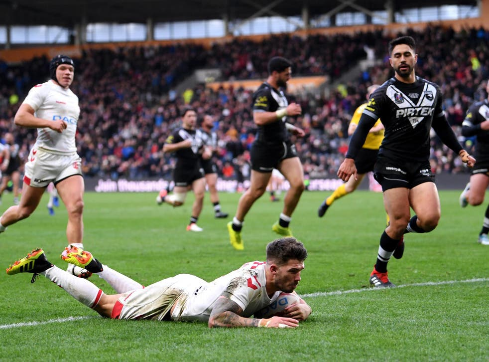Oliver Gildart touches down for England's second try