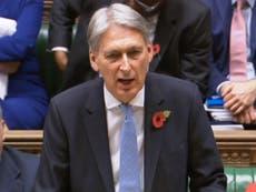 Chancellor ploughs £1bn into troubled universal credit scheme