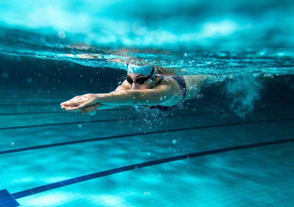 Women swimming sex foto 48