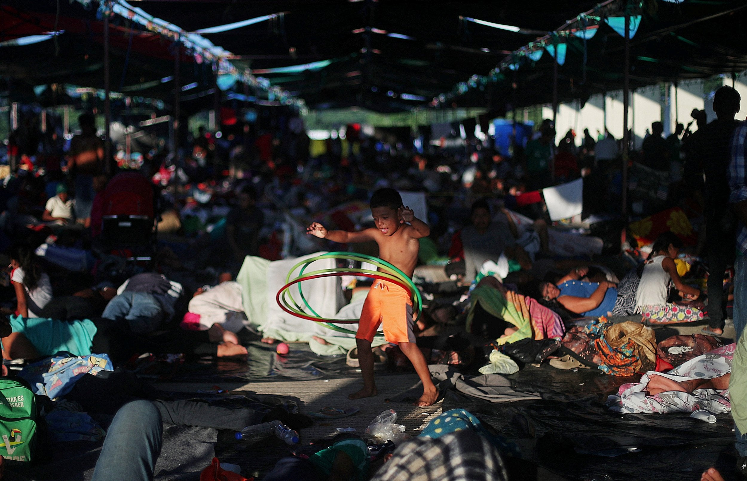 Hondurans In Migrant Caravan Sue Trump Administration Over Abuse Traditional Electrical Installation Guide Caravans Plus Of Power On Border Policies The Independent