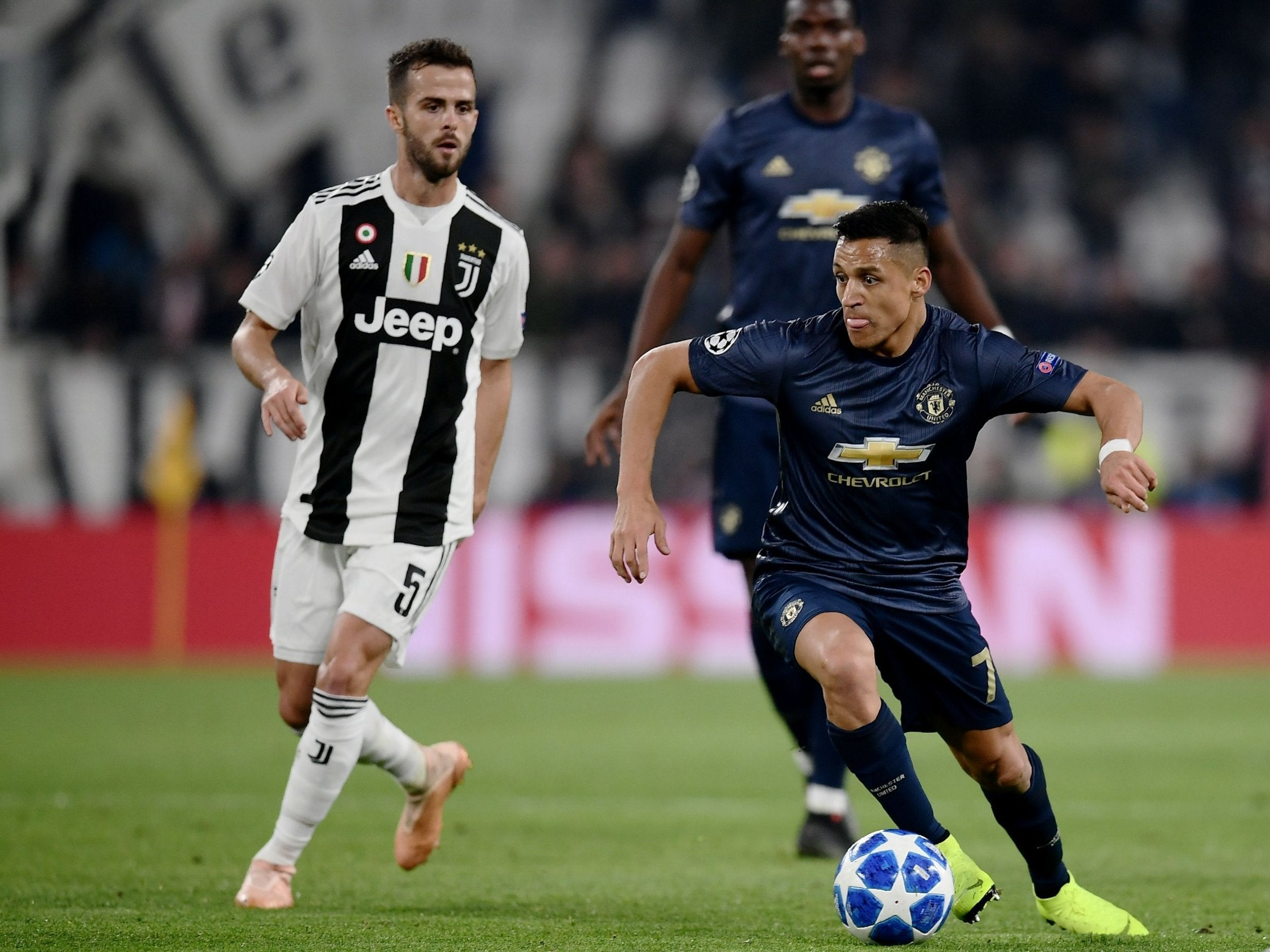 Juventus vs Manchester United, Champions League LIVE: What time, what channel, streaming info and more thumbnail