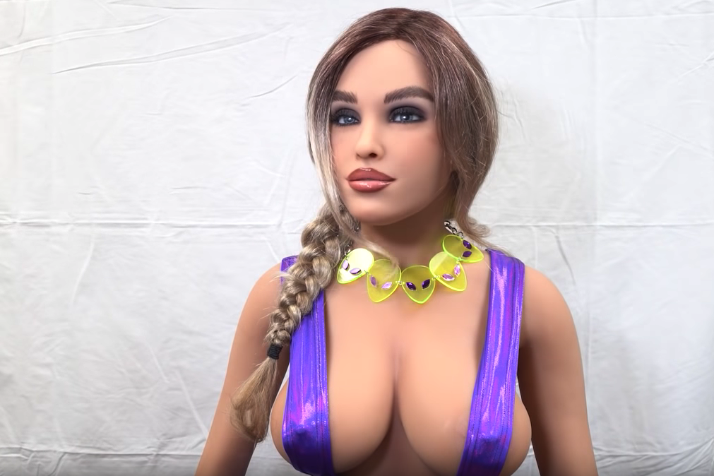 Hot well tone lesbian with big boobs