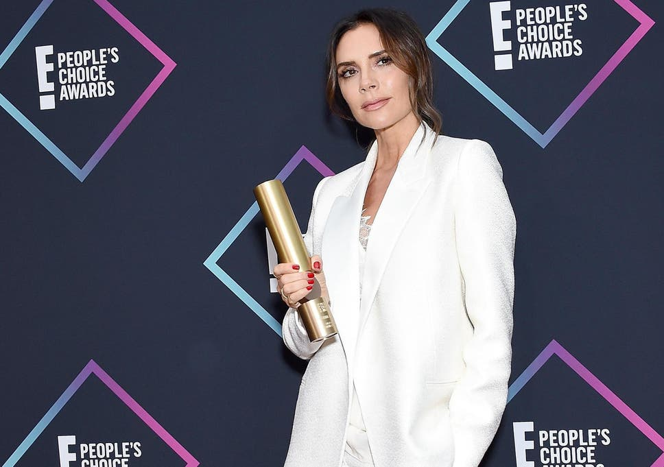 Victoria Beckham was named Fashion Icon at the People s Choice Awards 826f55635