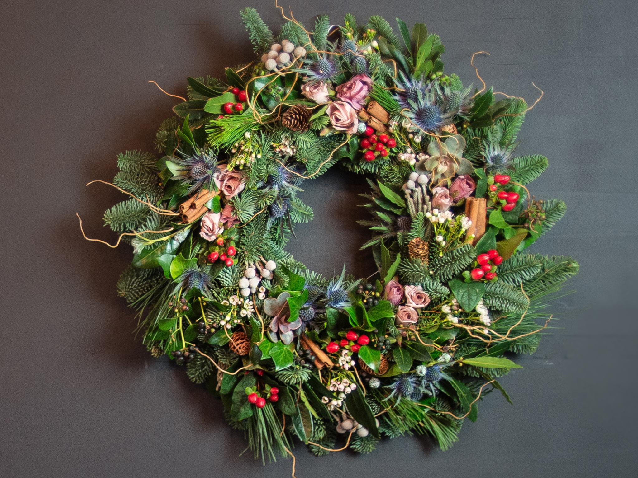 10 Best Real Christmas Wreaths The Independent