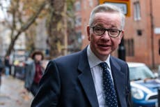 Brexiteers who refuse to quit May's cabinet 'will not be Tory leader'