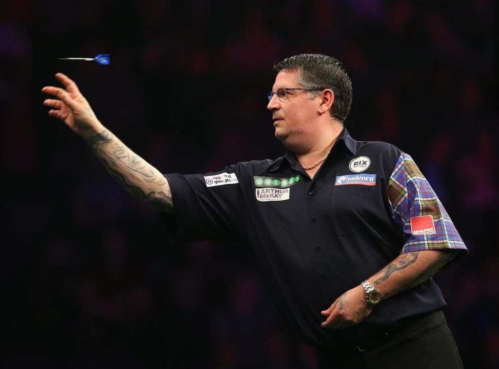 Anderson is through to the quarter-finals in Wolverhampton