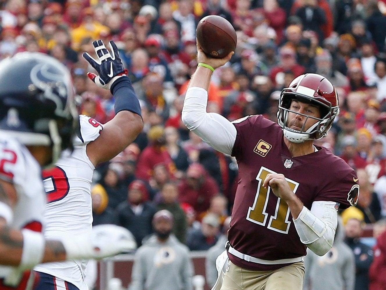 Alex Smith broken leg: Washington Redskins quarterback out