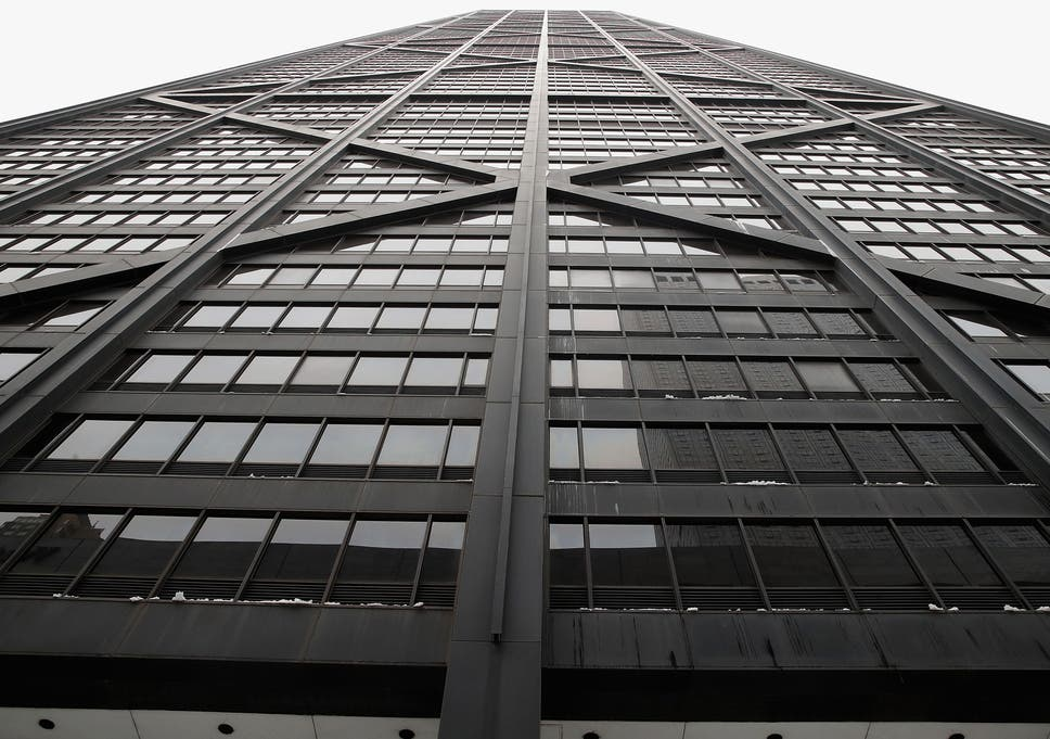 Chicago elevator incident: Lift carrying passengers plunges