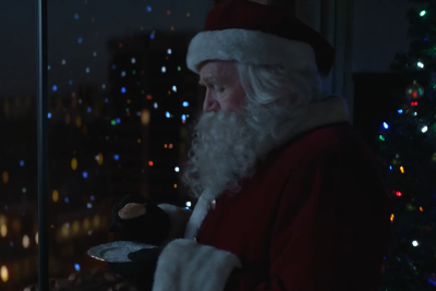 Mcdonalds Christmas Eve Hours.The Mcdonald S Christmas Advert Is The Most Festive Of 2018