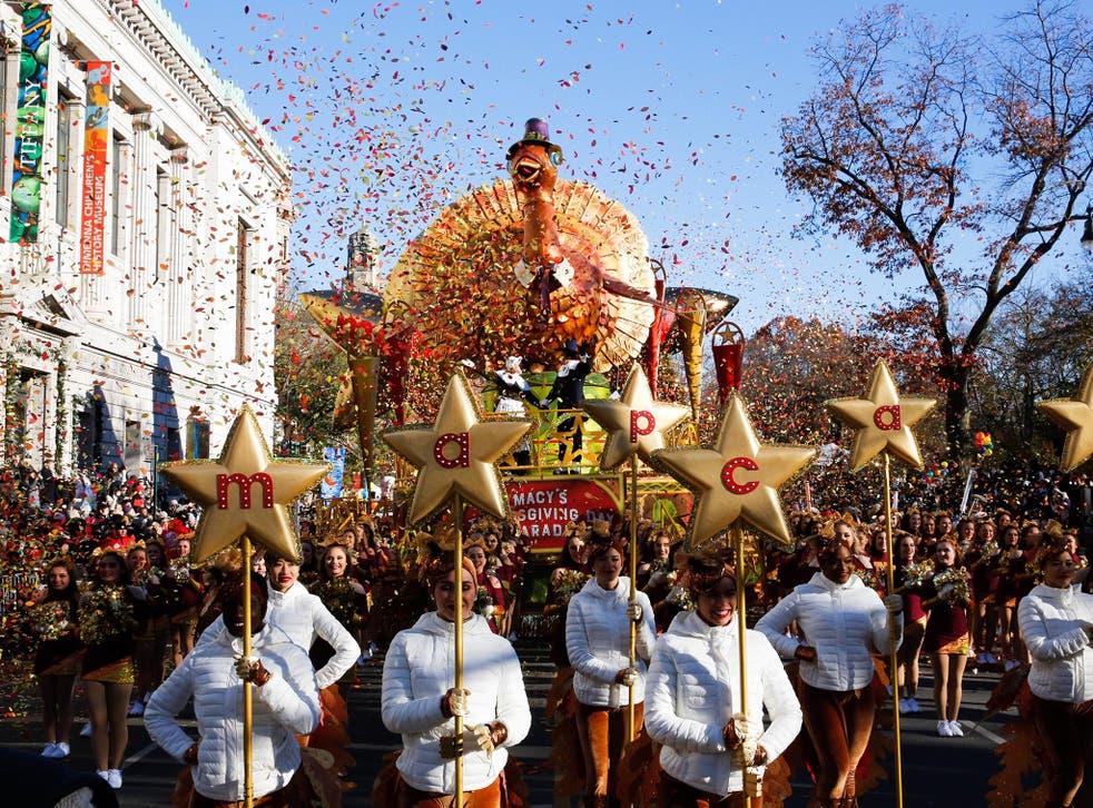 <p>El desfile fue grabado y será transmitido el jueves</p>