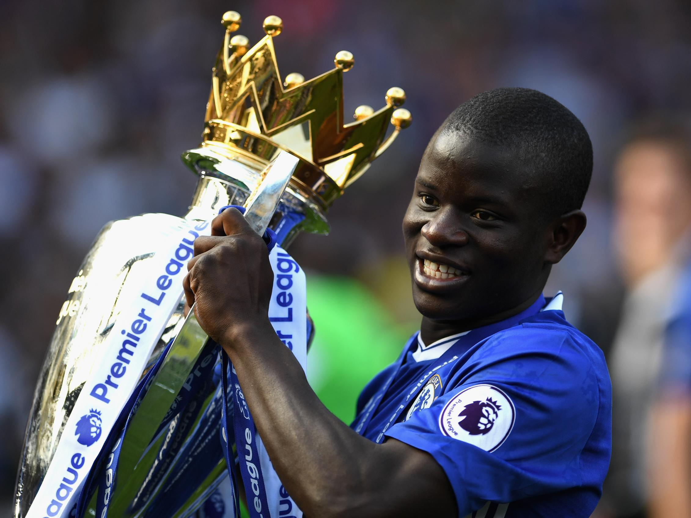 Chelsea transfer news: N'Golo Kante signs new five-year contract at Stamford Bridge