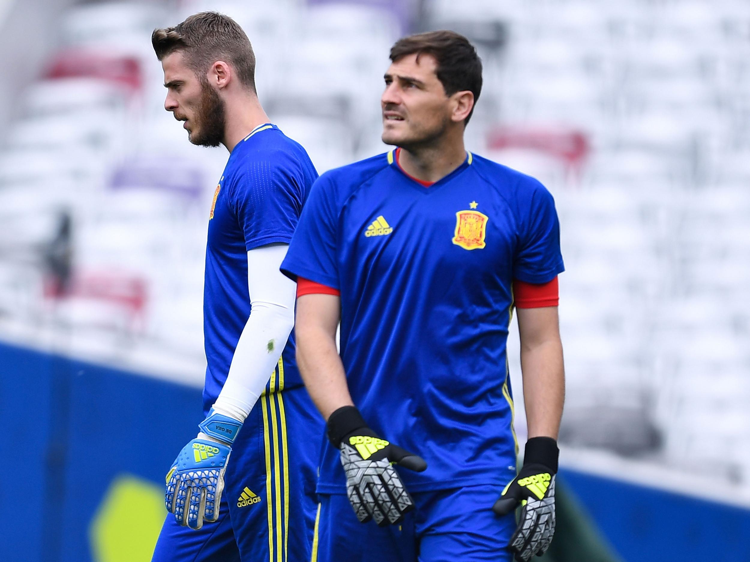 Jose Mourinho suggests Iker Casillas' ambitions behind unfair criticism of Manchester United's David de Gea