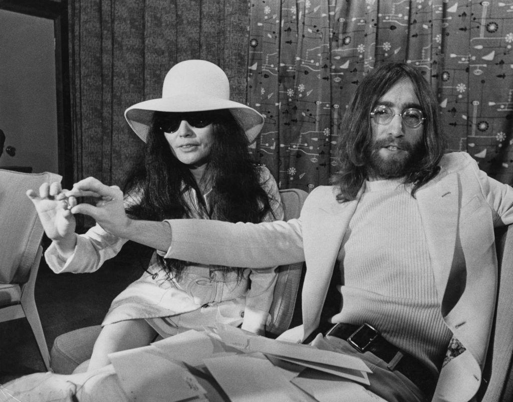 John Lennon Letter Shows Fury At Record Label Over Yoko Ono Album Two Virgins The Independent The Independent