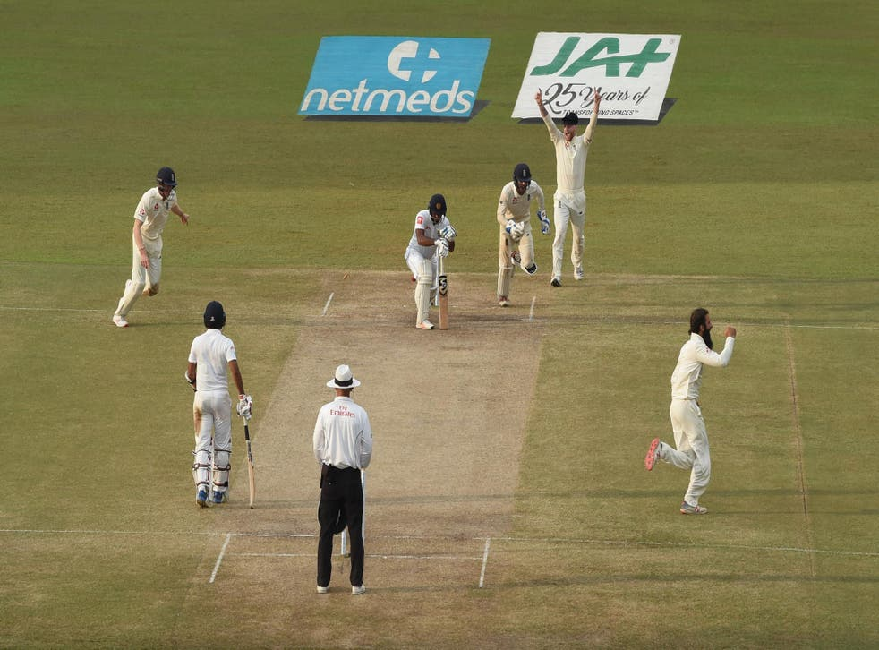 England made inroads late in the day to set up victory