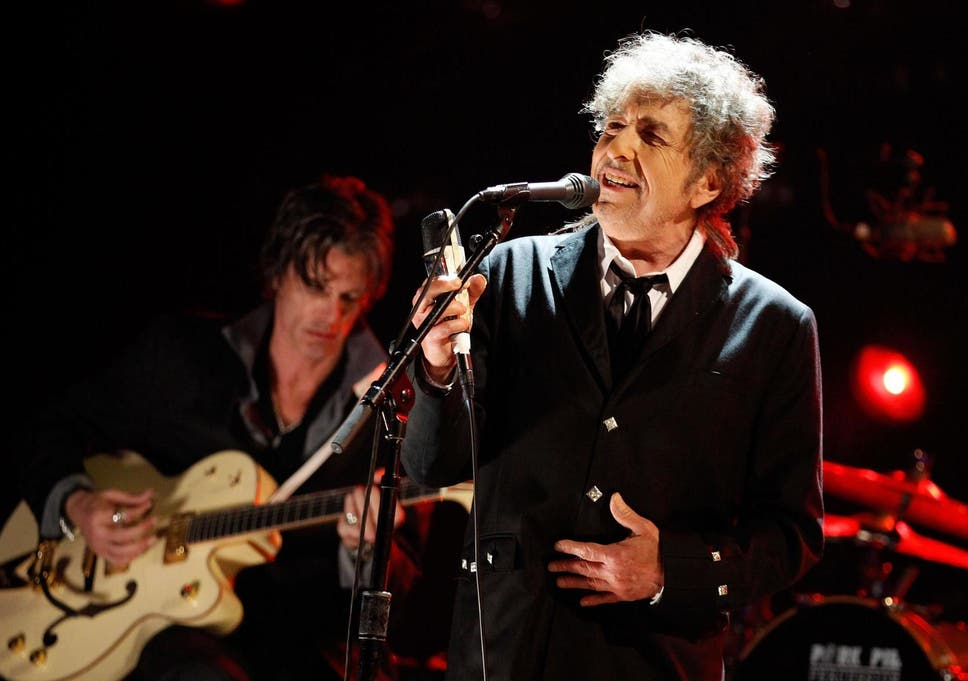 f31a6c677ef Bob Dylan in Hyde Park  He is still an icon but live he sounds like ...