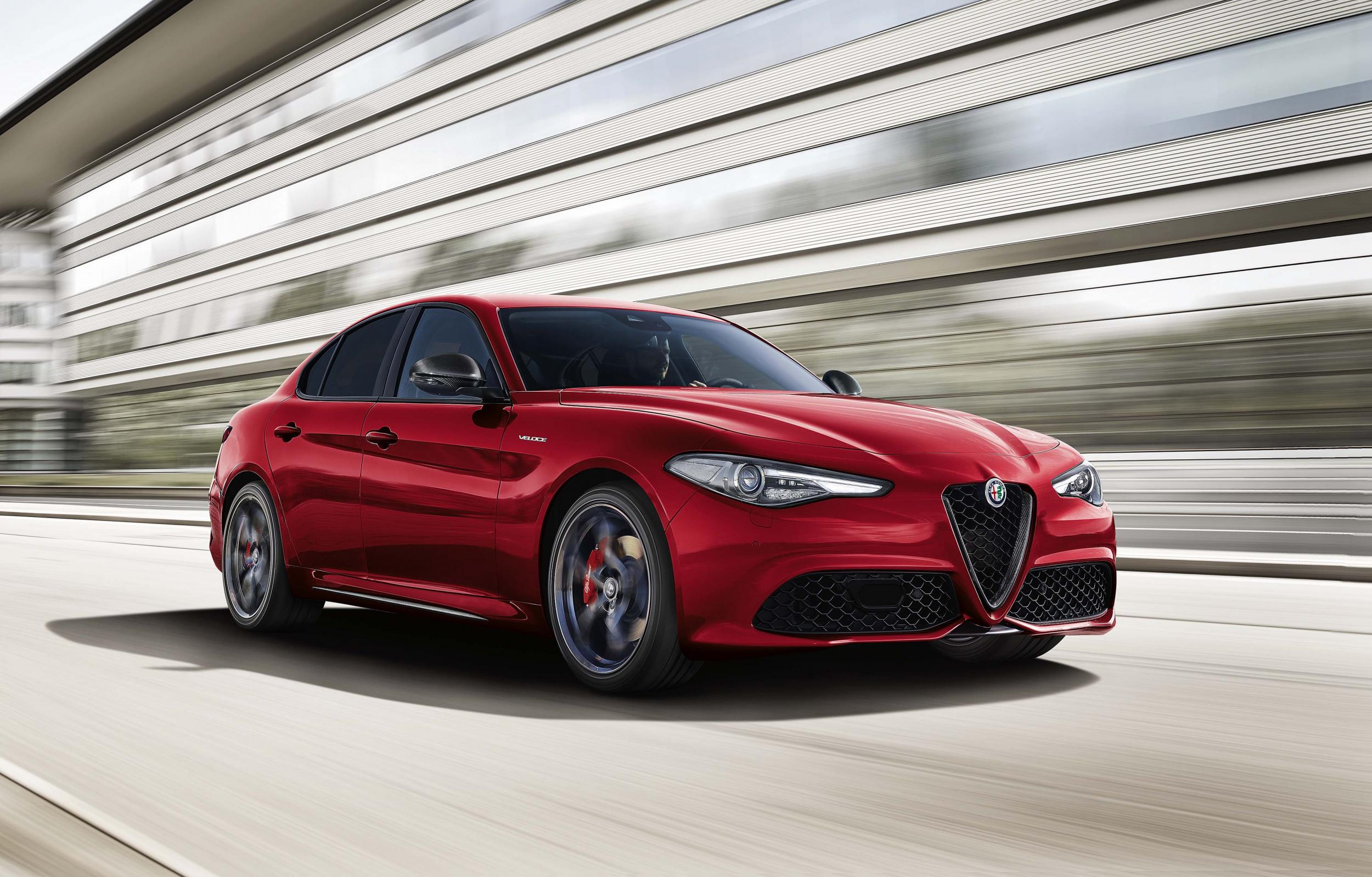 Alfa Romeo Giulia Veloce: A seductive saloon that feels just right ...