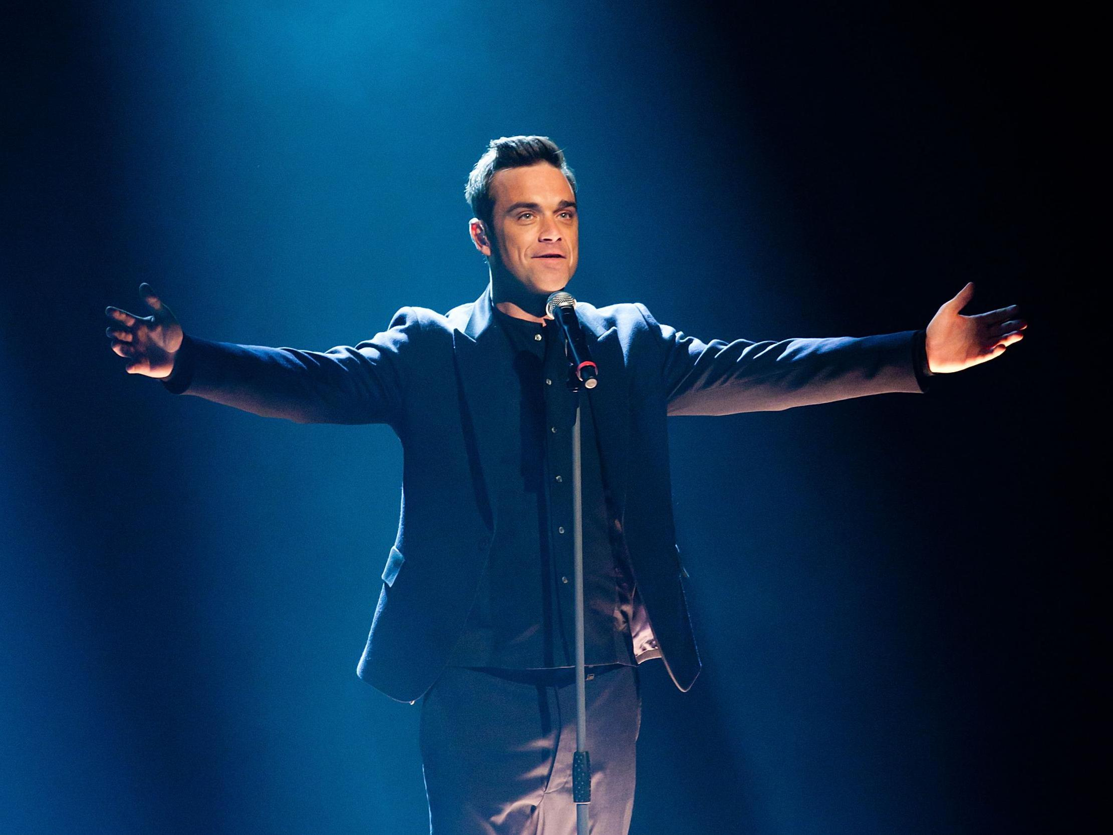 Robbie Williams announces Christmas album featuring Tyson Fury duet