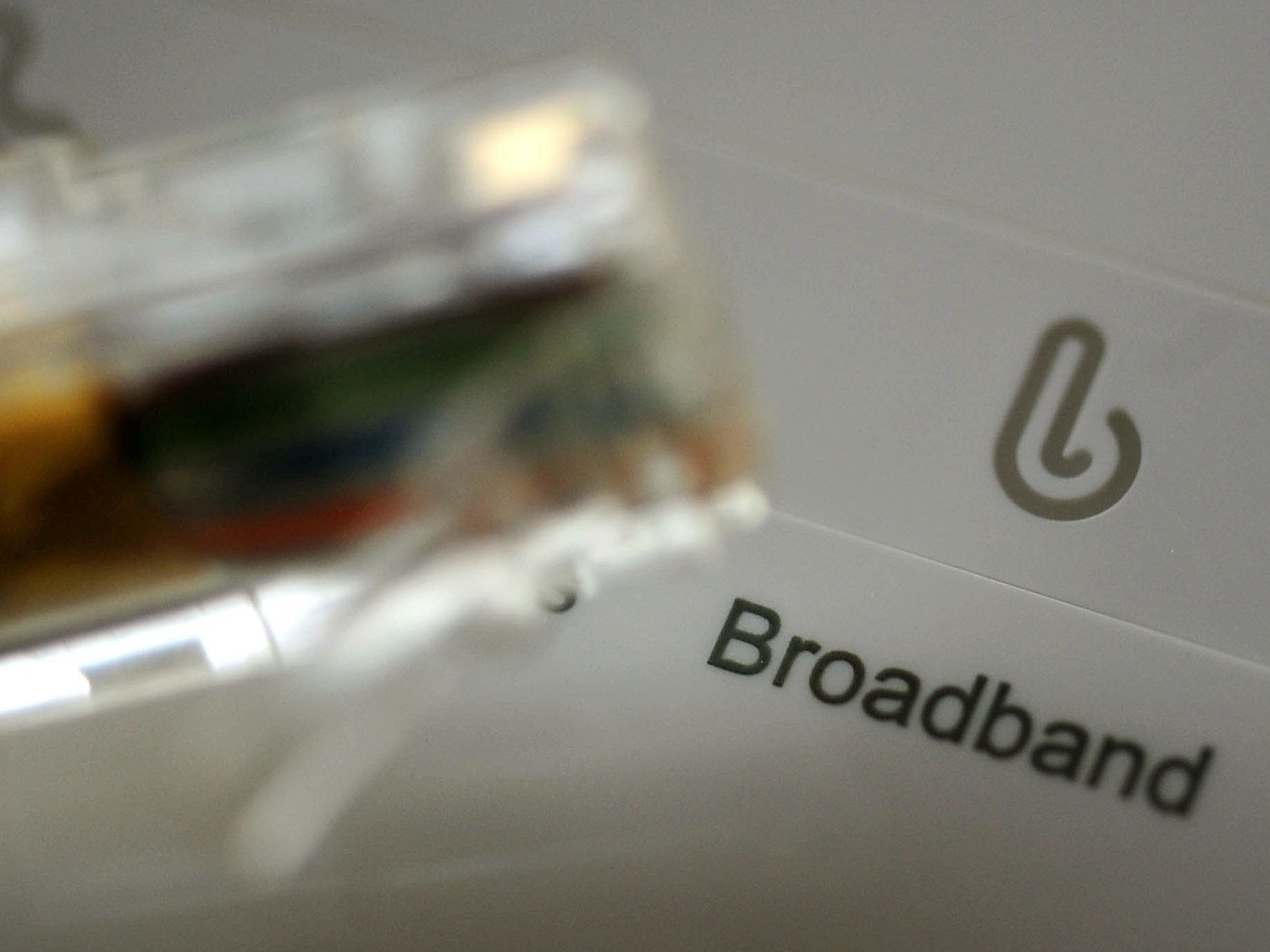 Labour promises free broadband for all if party wins election