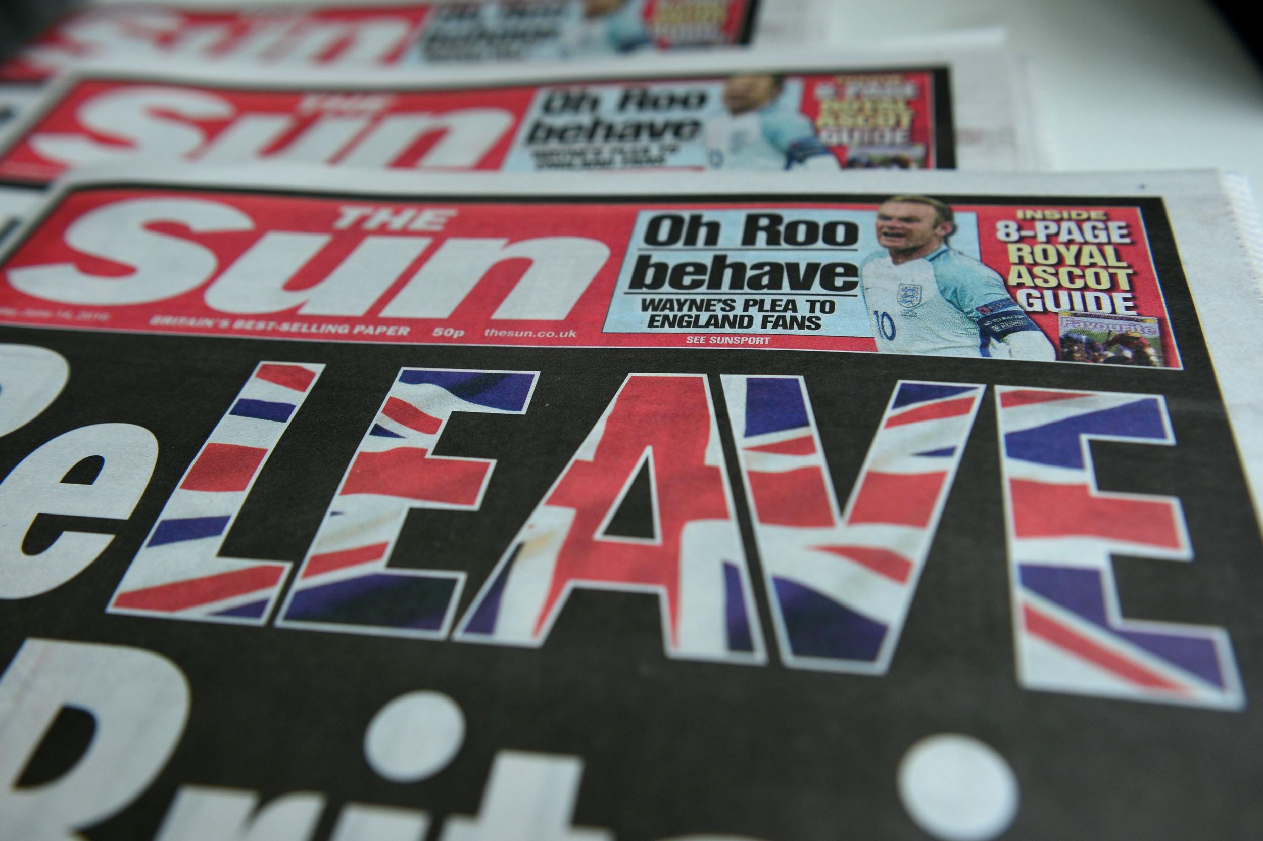 The Sun redaktionell unter Berufung auf Mord an Jo Cox in Warnung vor Brexit-Ausschreitungen, die von Abgeordneten und dem ehemaligen Redakteur - The Independent - verurteilt wurden