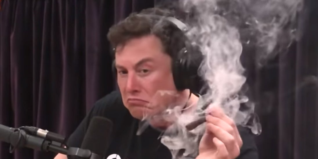 Elon Musk claims the smoking weed video shows he has no idea how to smoke
