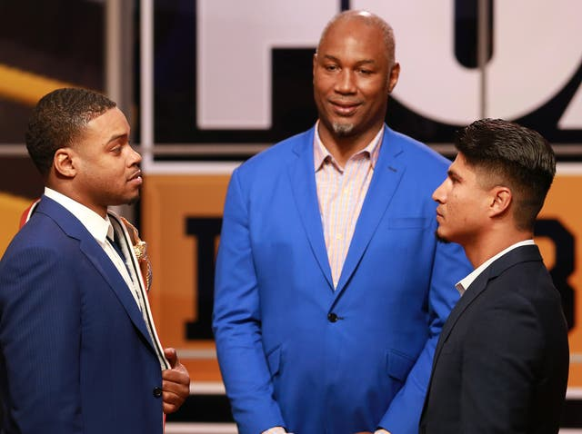 Errol Spence Jr and Mikey Garcia fight in 2019