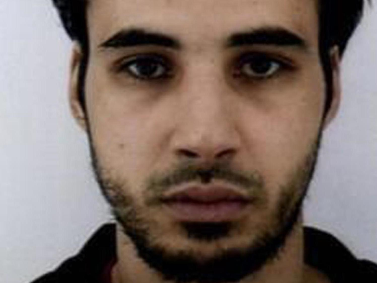 Chérif Chekatt: Strasbourg shooting suspect's family questioned by police as hundreds of officers hunt alleged gunman
