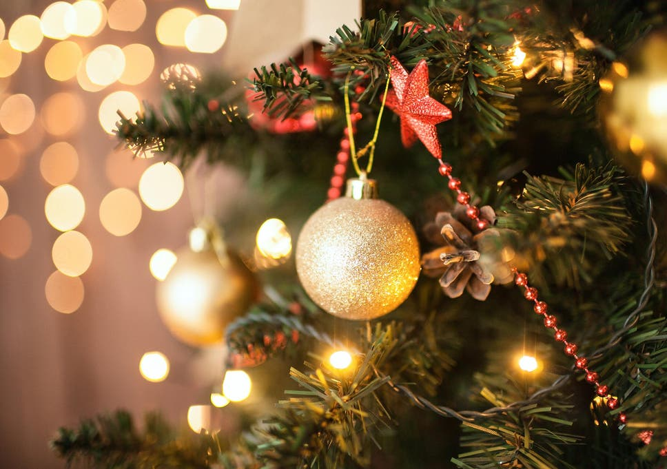 How To Put Lights On A Christmas Tree.How To Put Lights On A Christmas Tree According To The