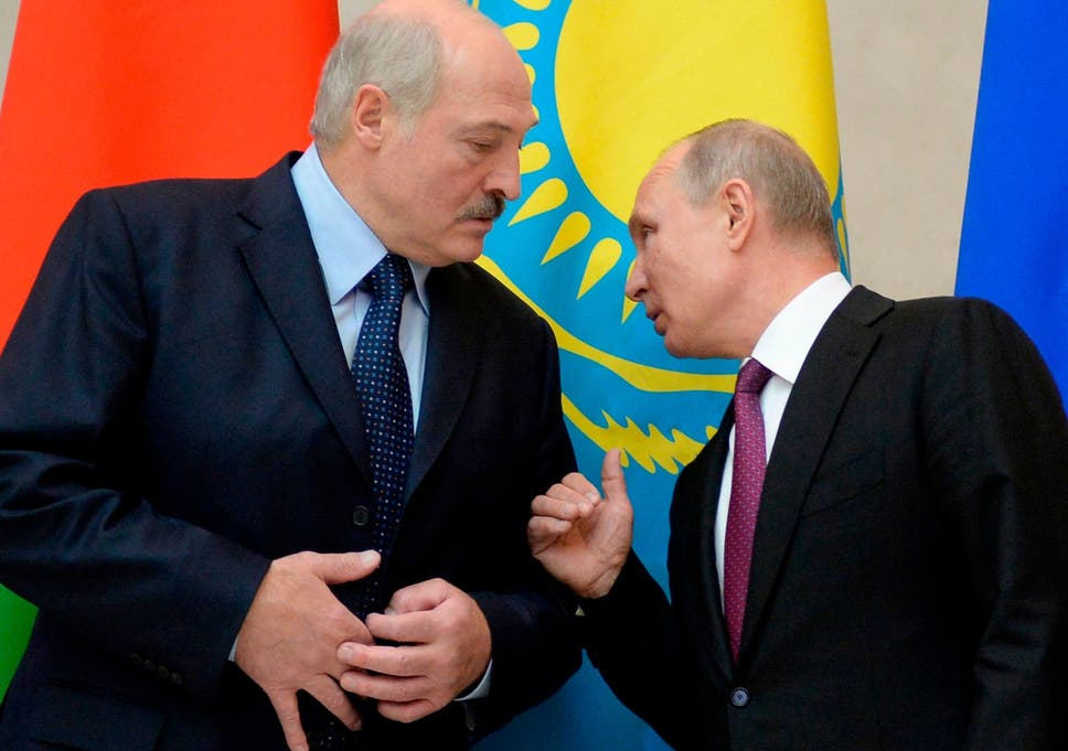 Manoeuvring: Putin and Belarussian President Alexander Lushenko