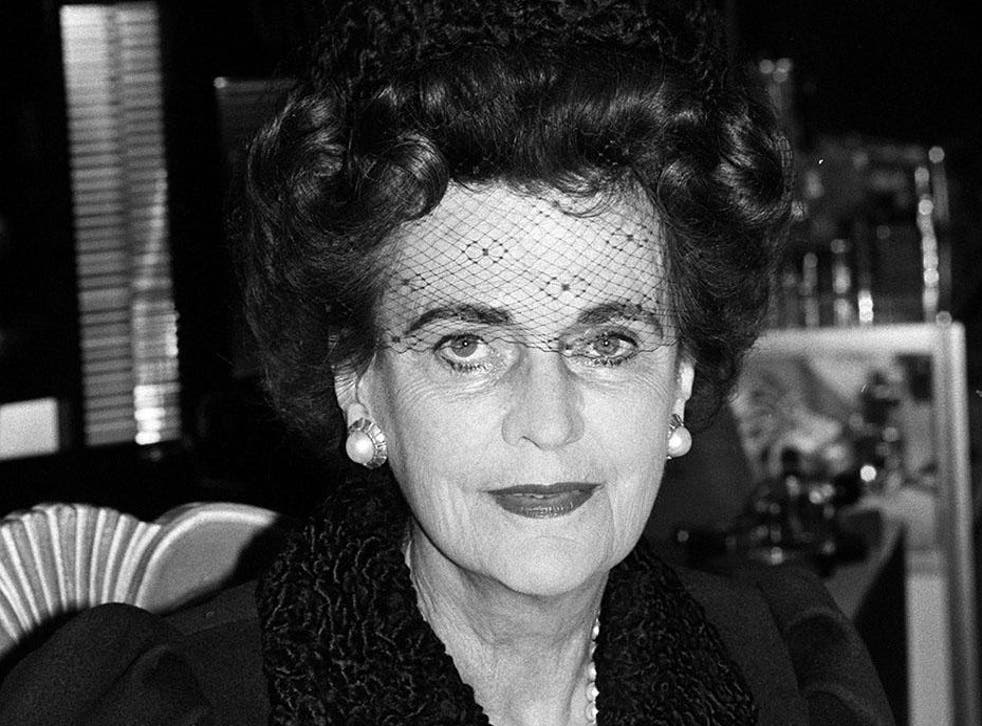 The Duchess of Argyll, who in the 1950s was photographed with a 'headless' lover, in 1987