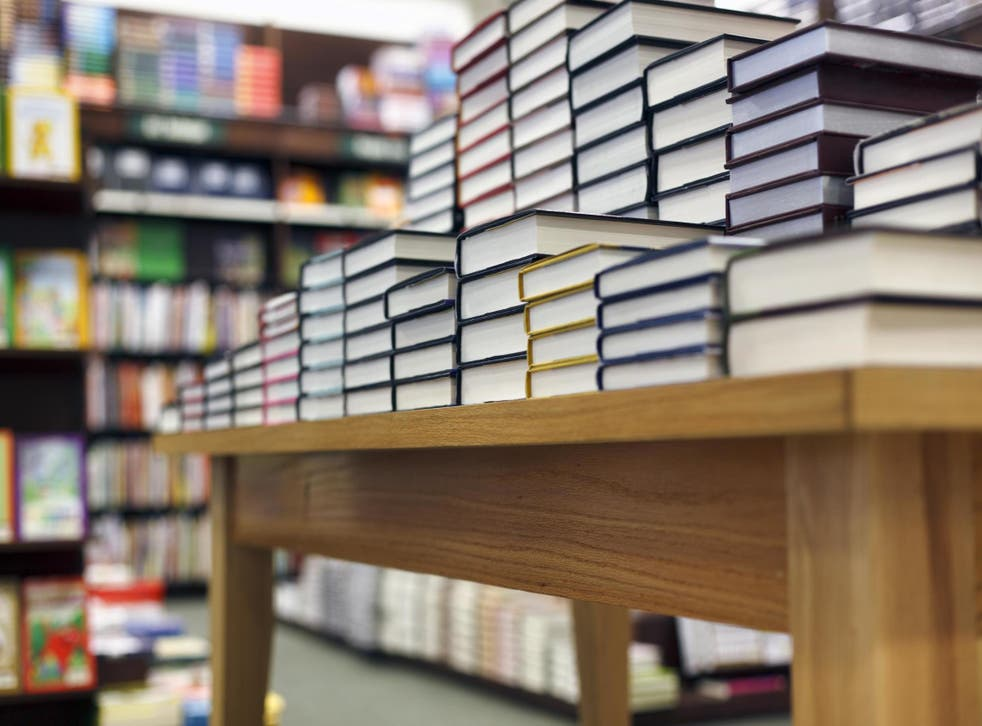 New Tokyo bookstore charges a cover fee (Stock)