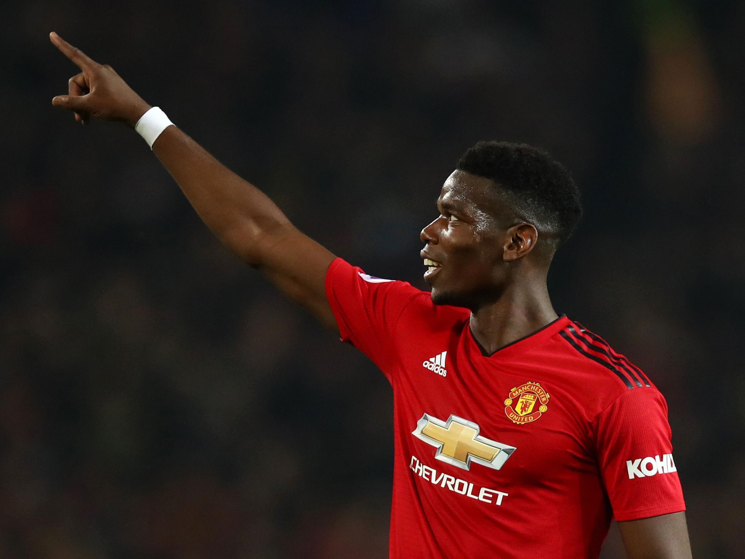Paul Pogba Dinilai Layak Kenakan Ban Kapten MU